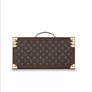 f049e09ad8c1 Louis Vuitton Bags - Louis Vuitton boite travel case cosmetic train new